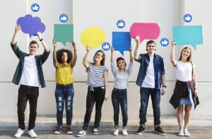 Grupy dyskusyjne - pozapłacowe czynniki motywacyjne